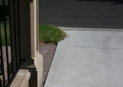 the-electricity-connection-for-the-electrical-wiring-for-automated-driveway-gates